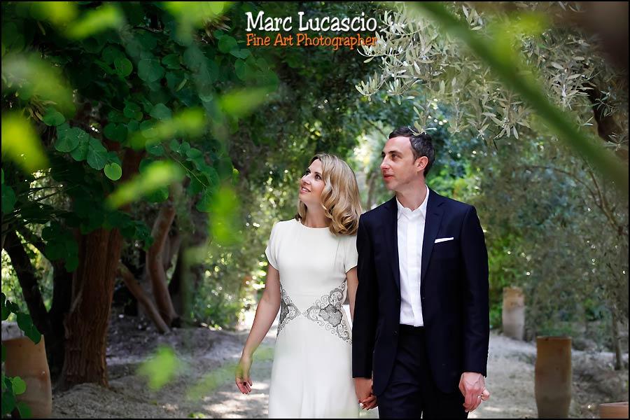 portrait des mariés jardin Marrakech