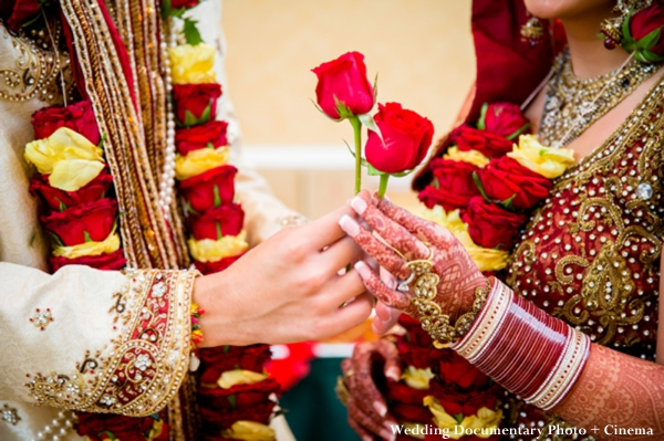 Indian Wedding Couple Flowers Red Roses