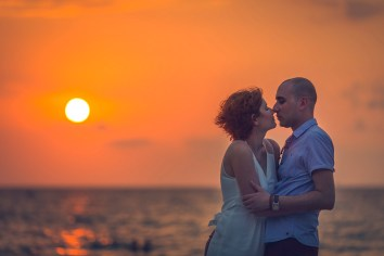 HONEYMOON PHOTO SESSION AT KAMALA BEACH PHUKET THAILAND