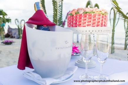 wedding-photo-session-at-phi-phi-island-krabi-thailand-005