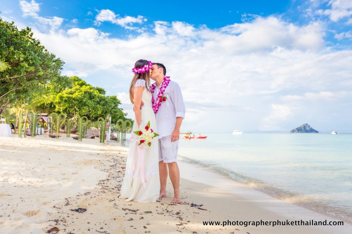 wedding-photo-session-at-phi-phi-island-krabi-thailand-804