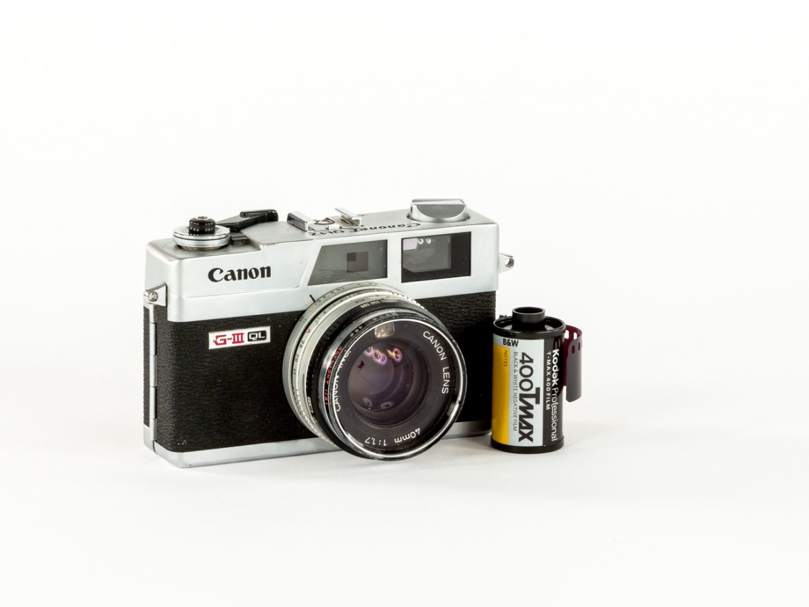 Photographers of Las Vegas - Product Photography - old camera canon rangefinder