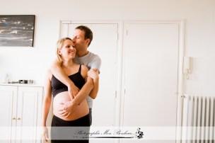 photographe-de-maternite-a-neuilly-sur-seine-grossesse-adeline-seance-photo-femme-enceinte-1
