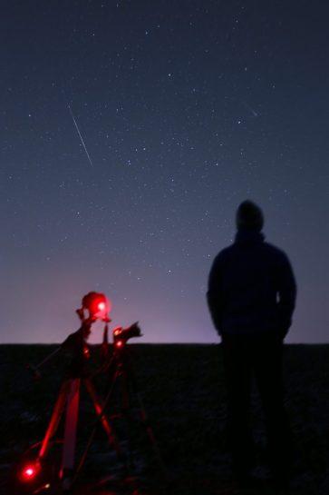 Alex Conu geminid meteor and comet lovejoy