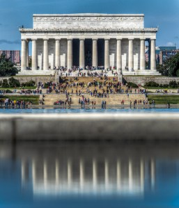 Lincoln Memorial from the WWII Memorial - Dayton Photographer Alex Sablan