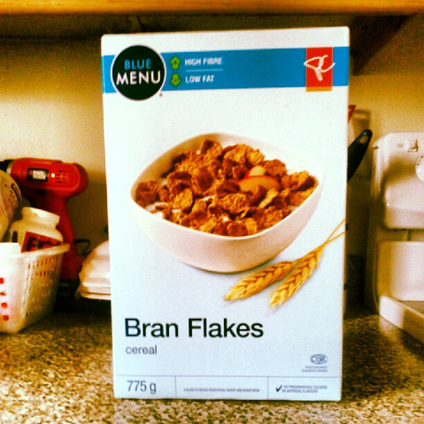 a photo of a box of president's choice bran flakes cereal