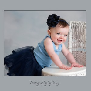Photographer of baby girl in tutu