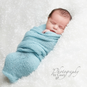 newborn sleeping baby photography