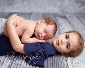 newborn and sibling photos