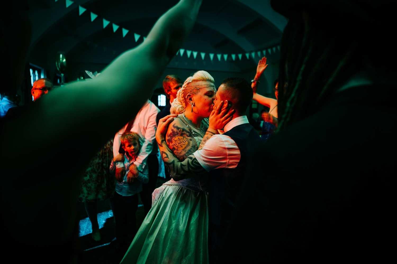 Holmfirth Wedding Photography – Sam & Nathan