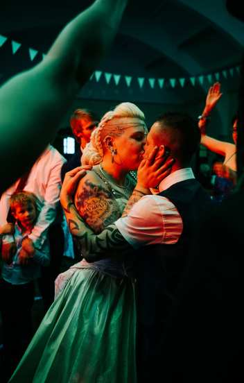 incredible first dance