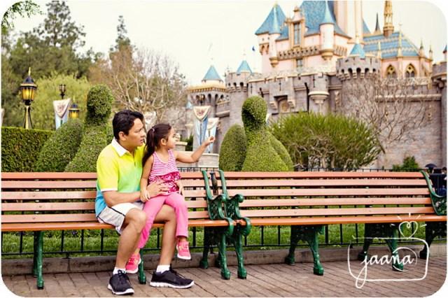 disneyland-family-vacation-photographer-09