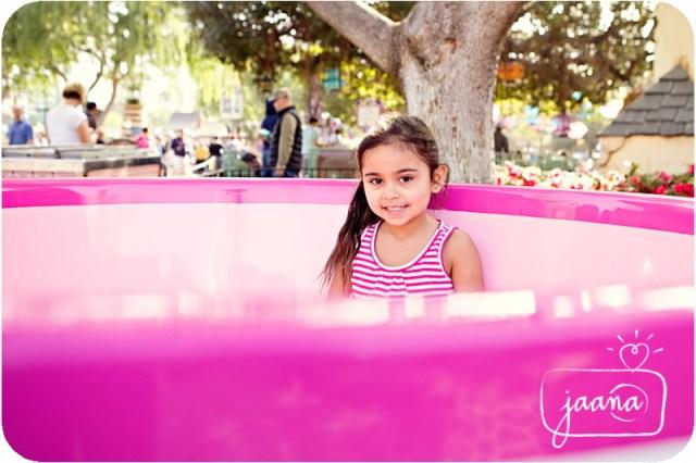 disneyland-family-vacation-photographer-15