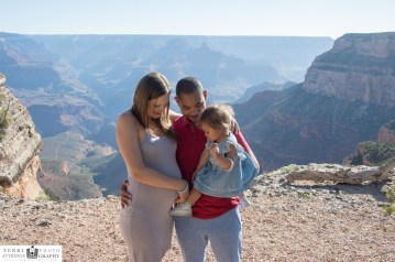 5.5.17 LARGE South Rim Grand Canyon Worship Site Family Portraits Maternity-5595-2