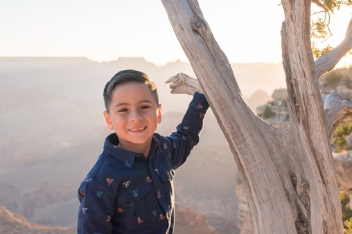 10.16.17 Family Portraits at Hopi Point Grand Canyon South Rim photography by Terri Attridge-36