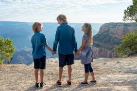 Sibling family photo at Grand Canyon