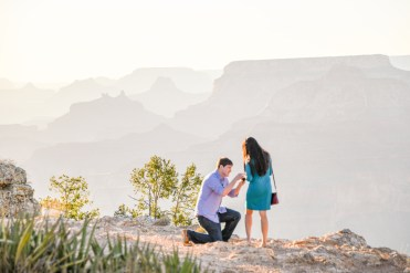 Romance at Grand Canyon during this surprise proposal