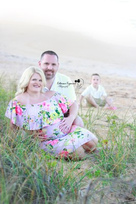 Maternity and lifestyle photographer in Flagler Beach, Palm Coast Florida