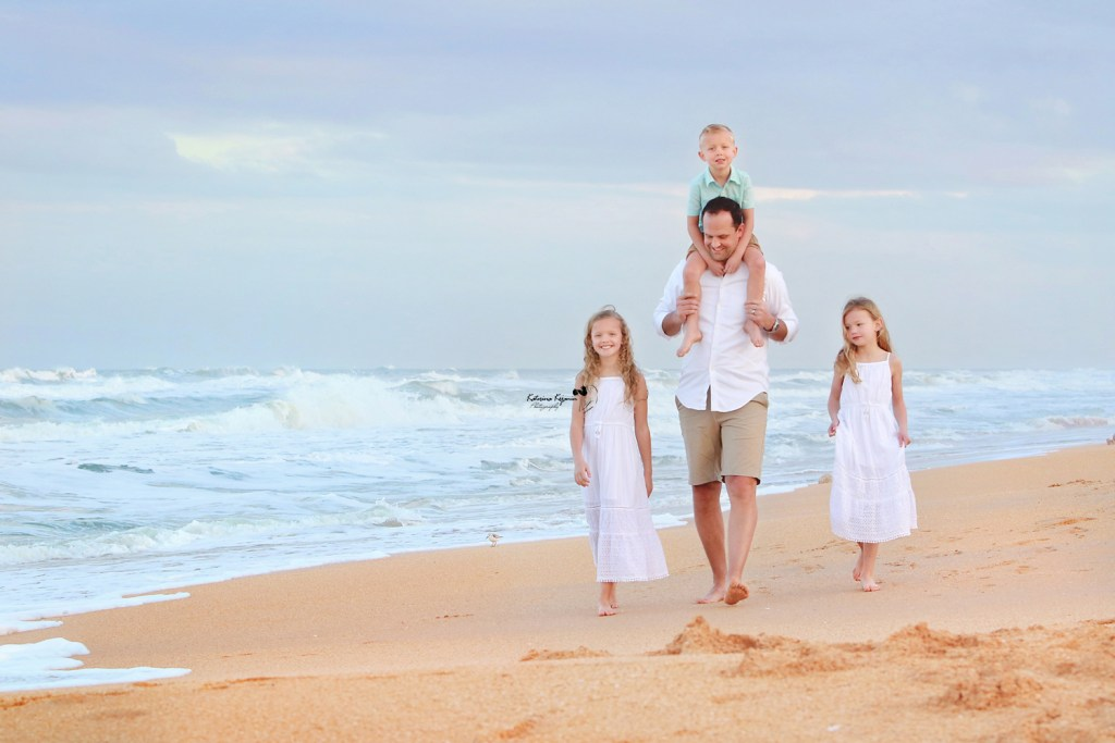 Family and kids photography family beach portraits