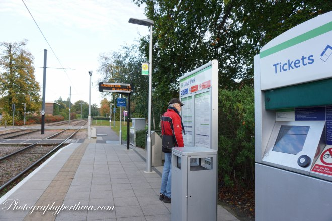 Lloyd Park Tram Stop, Croydon