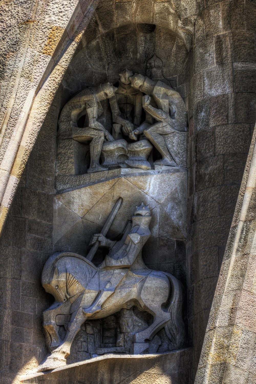 La Sagrada statue II (Barcelon 2011)