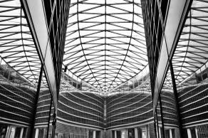 Gianluca Sgarriglia, Milano - Simmetrie, Palazzo della Regione