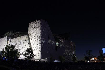 corrado formenti 17 palazzo italia at night