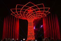 corrado formenti 18 fantastico albero della vita in red