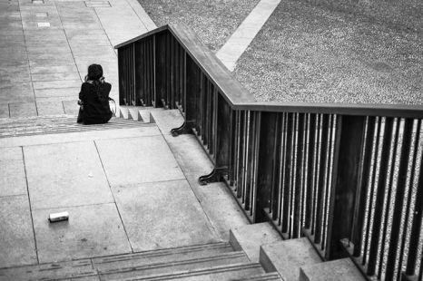 Cristina Bianchetti 003, diversamente sole, scala esterna Museo del Novecento