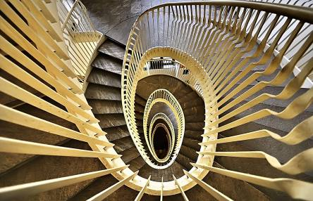 Luigi Alloni 015, Staircase Project