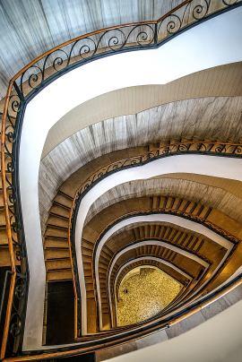 Luigi Alloni 023, Staircase Project