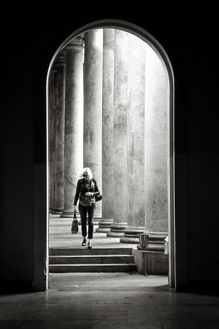 Marco Parenti 005, Mystery lady