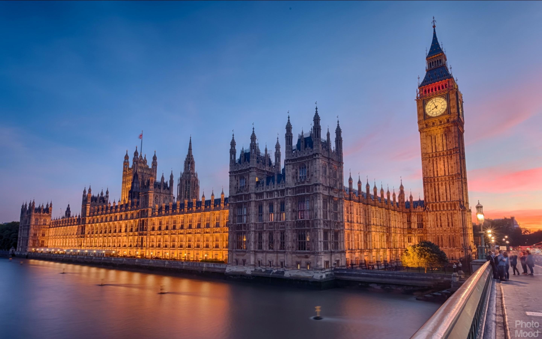 Palace Westminster Mood
