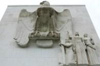 L'aigle américain haut de plus de 5 mètres
