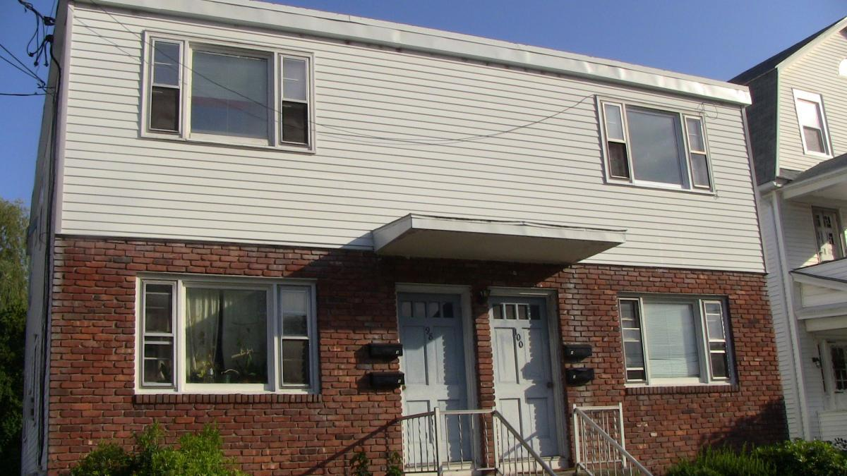 hight resolution of front of house 98 lincoln avenue 1