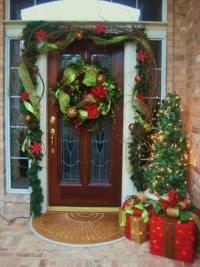 Christmas door decorating ideas photos
