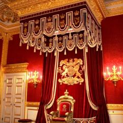 Kitchen Cabinet Company Marble Table For Sale Throne Room Buckingham Palace Photos