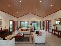 Decorating rooms with vaulted ceilings photos