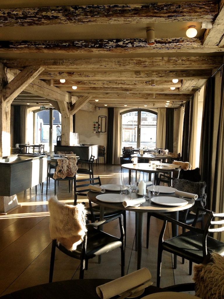 Coffee shop interior design photos