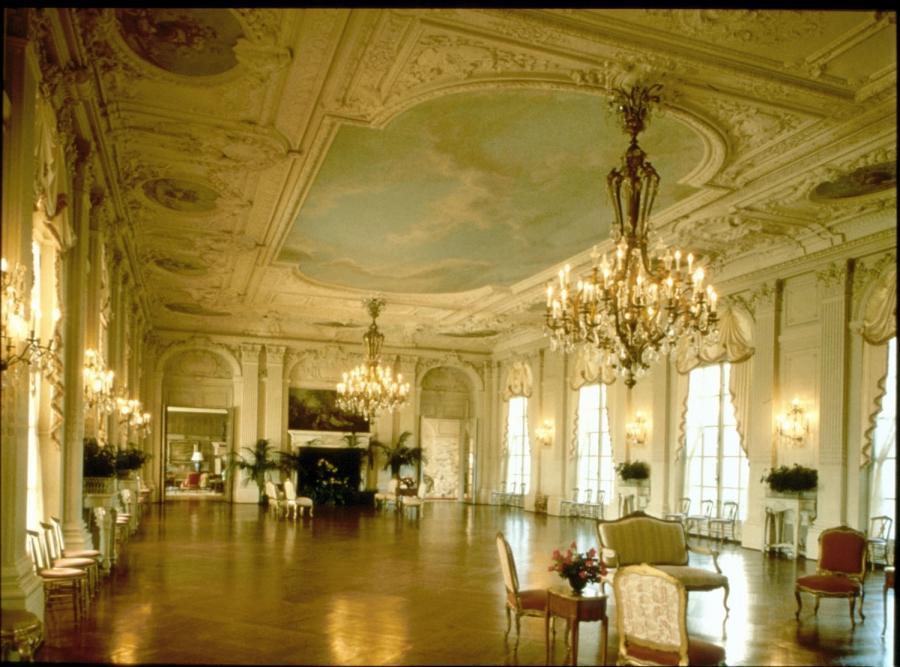 Interior photos of newport mansions