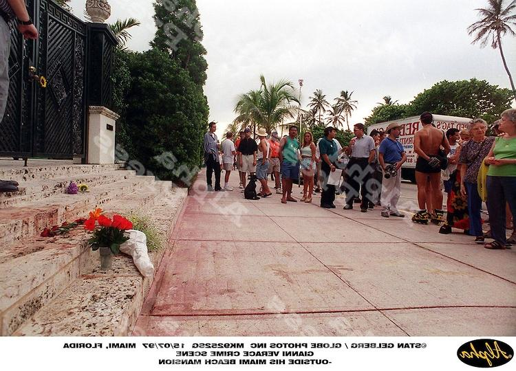 Gianni versace death photos wallpapers