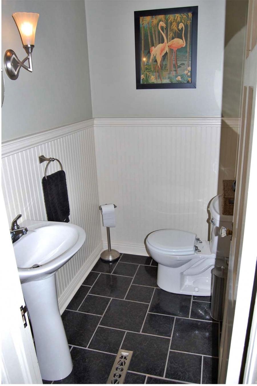 1940 bathroom photo