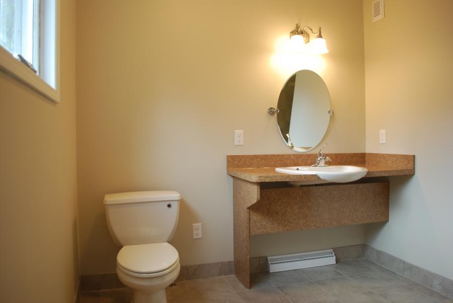 Ada Bathroom With Shower Layout