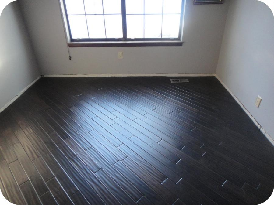 Diagonal hardwood floor photos