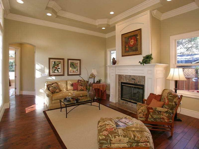 Photos homes cathedral ceilings