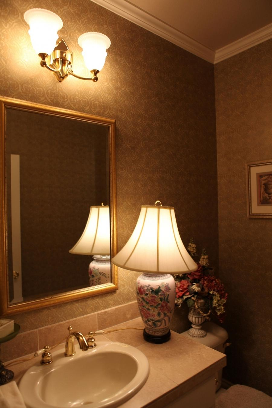 Photos of beautiful powder rooms