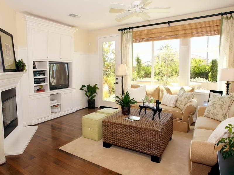 Arranging furniture in a small living room photos