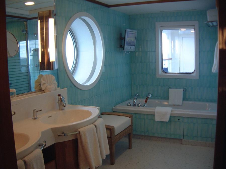 Cruise ship bathroom photos