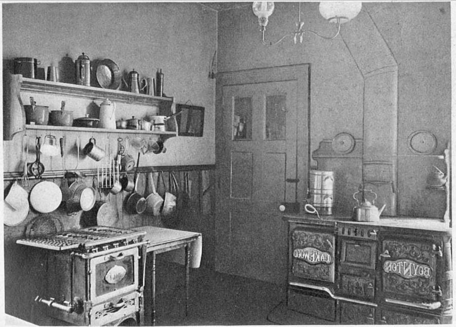 Photos 1910 kitchens