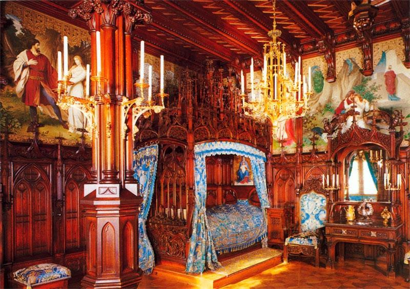 Neuschwanstein interior photos